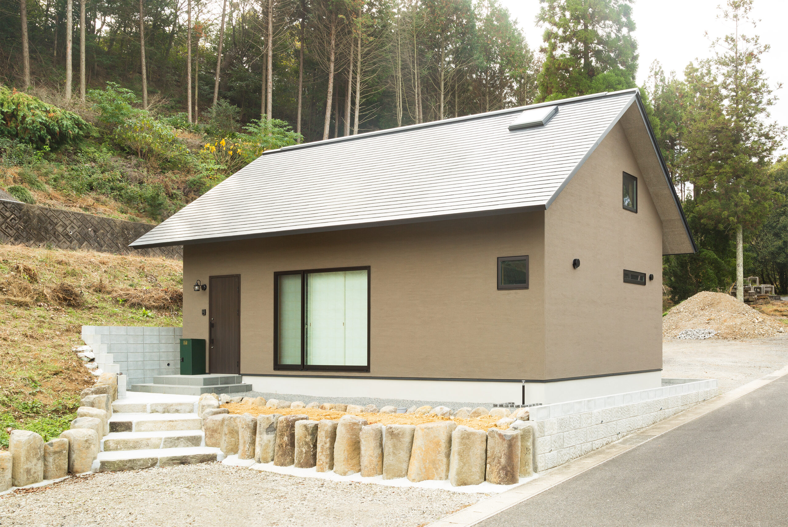 伝統美と現代が融合する家